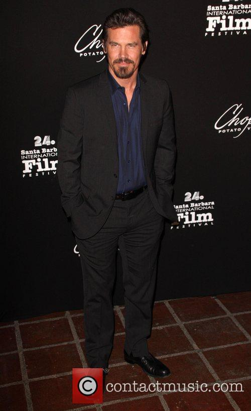 Josh Brolin and Penelope Cruz 4