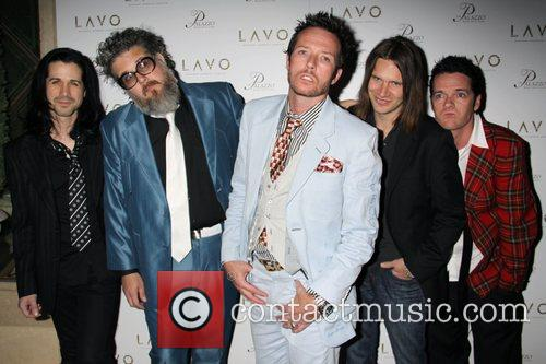Scott Weiland and His Band 6