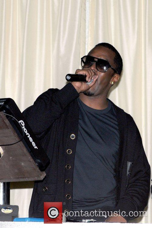 Sean Combs (aka Diddy) The Biggest Thanksgiving Night...