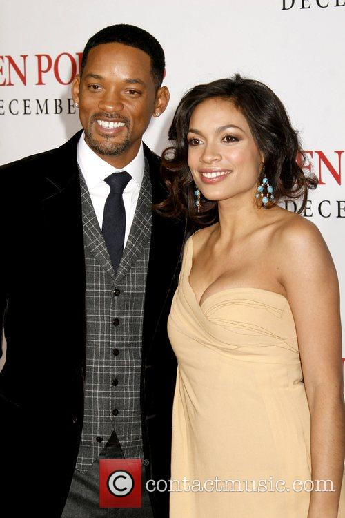 Will Smith and Rosario Dawson 8