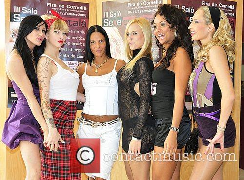 Anatisa Mayo, Sophie Evans, Melany Moore, Lisly Kiss,...
