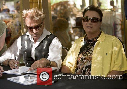 Magicians Siegfried Fischbacher, Roy Horn, Secret Garden and Siegfried And Roy 2
