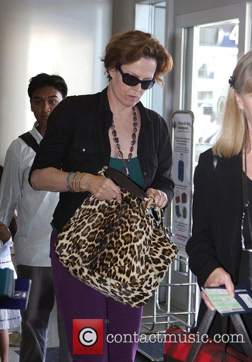 Sigourney Weaver, One Day Before Her 59th Birthday and Arrives At Lax Airport For A Flight To New York 3