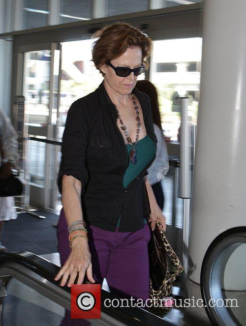 Sigourney Weaver, One Day Before Her 59th Birthday and Arrives At Lax Airport For A Flight To New York 4