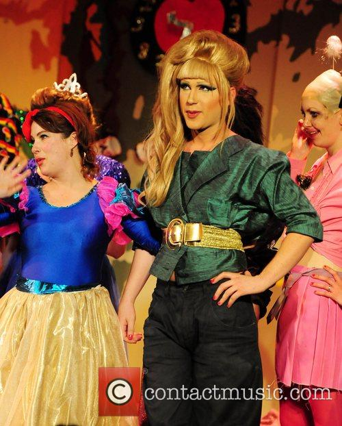 The Portobello Panto: Snow White and the Seven...