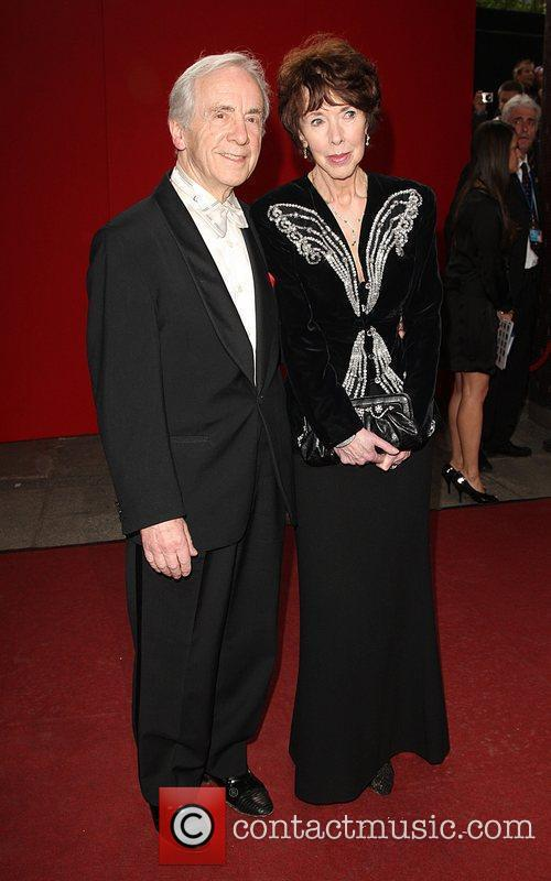 Andrew Sachs With His Wife 1