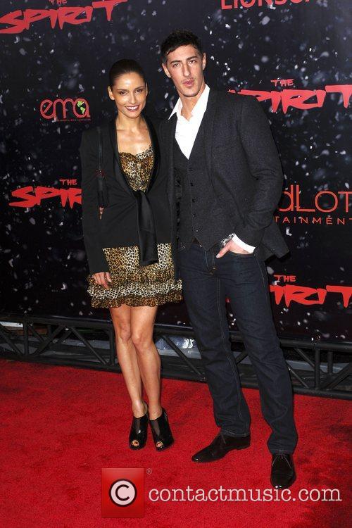Leonor Varela and Eric Balfour 2