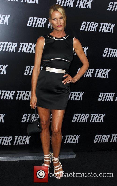 Nicollette Sheridan and Star Trek 1