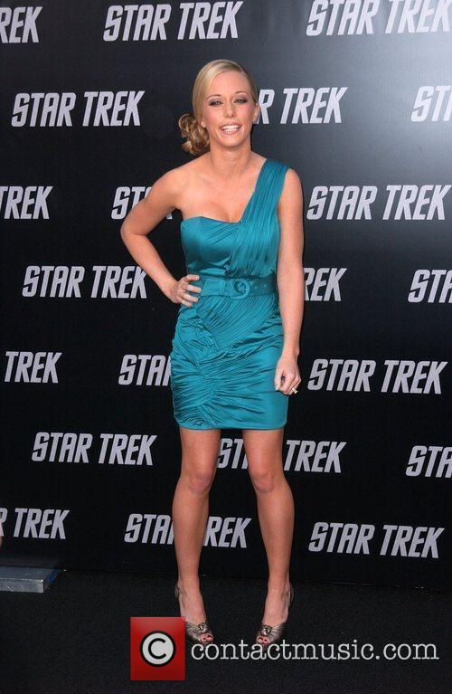 Kendra Wilkinson and Star Trek 2