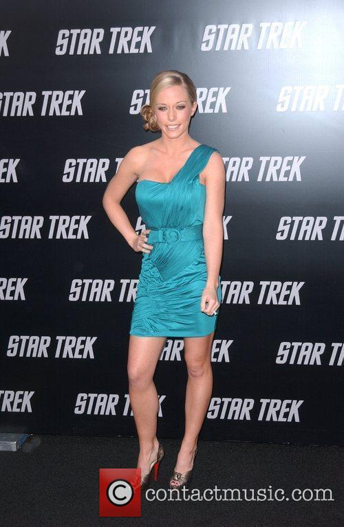 Kendra Wilkinson and Star Trek 3