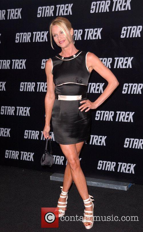 Nicollette Sheridan and Star Trek 3