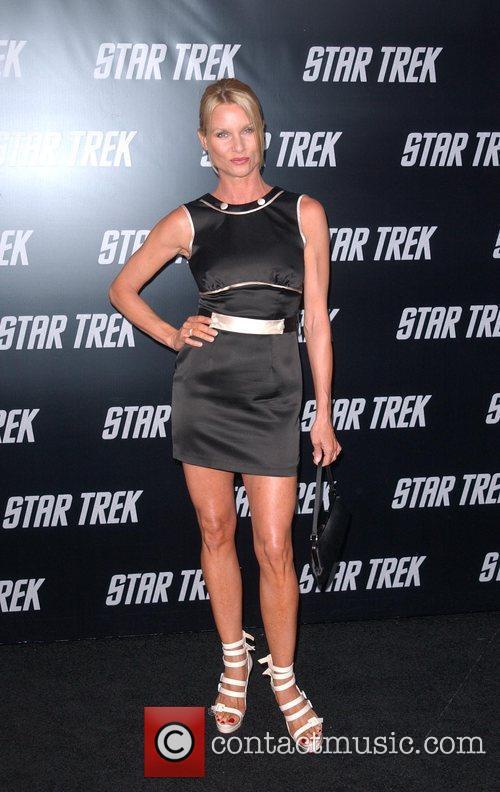 Nicollette Sheridan and Star Trek 4