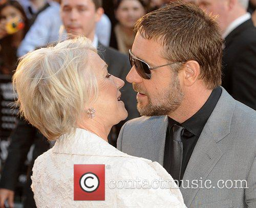 Helen Mirren and Russell Crowe 7