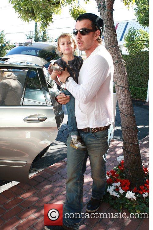 Gavin Rossdale and Son Kingston 1
