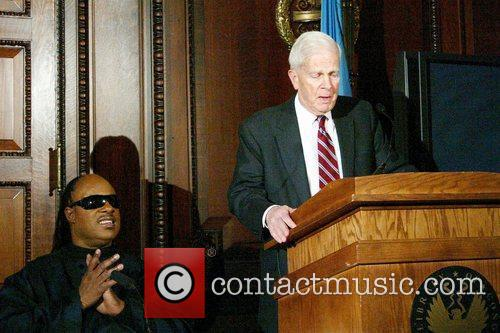 Stevie Wonder and Librarian of the US Congress James H. Billington 1