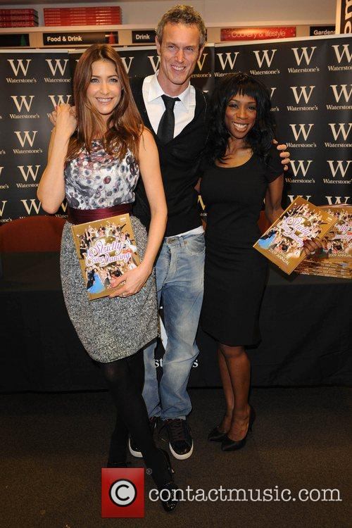 Lisa Snowdon, Mark Foster and Heather Small sign...