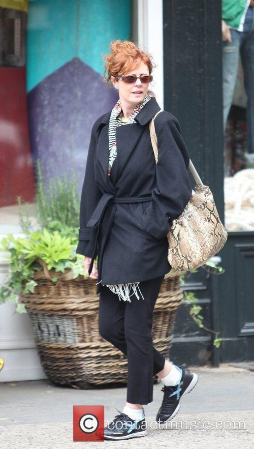 Susan Sarandon walking in SoHo
