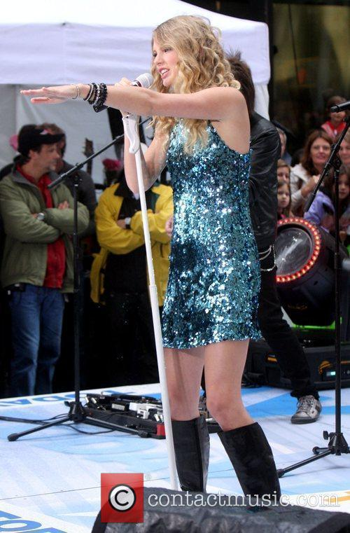 Taylor Swift, NBC, Rockefeller Plaza