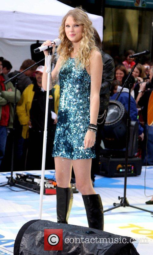 Taylor Swift, NBC, Rockefeller Plaza