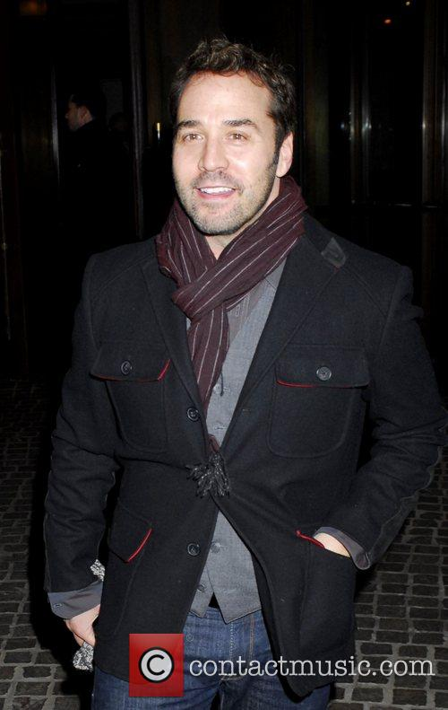 Jeremy Piven arrives to the screening of The...