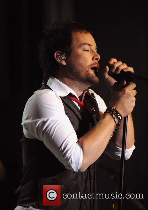 David Cook performing live at 'Do The Wright...