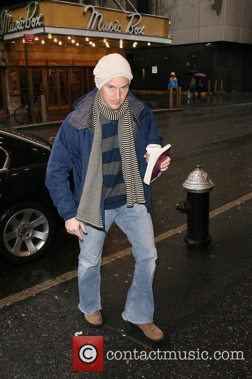 Arrives at the Gerald Schoenfeld Theatre to perform...
