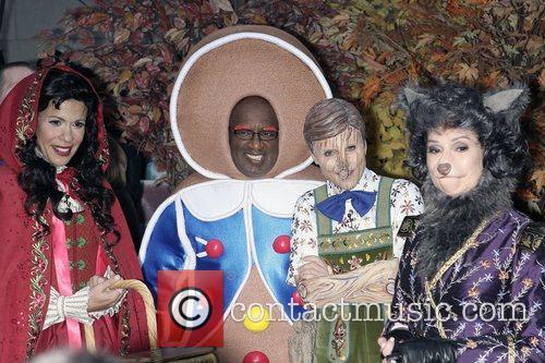 Hoda Kotb, Al Roker and Meredith Vieira 7