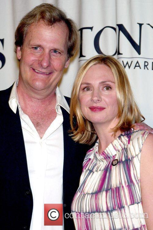 Jeff Daniels and Hope Davis 1