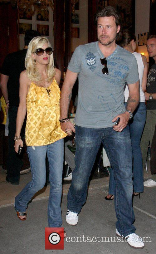 Tori Spelling and Dean Mcdermott Leaving Cipriani Restaurant After Having Dinner Together In Manhattan. 2