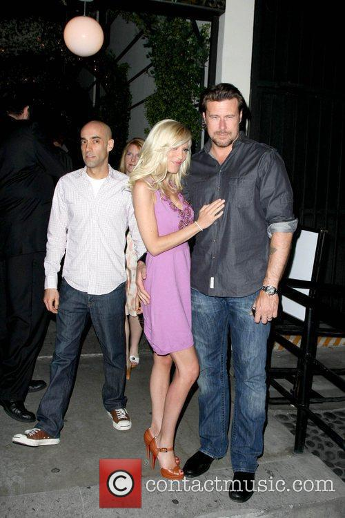 Tori Spelling and Her Husband Dean Mcdermott 6