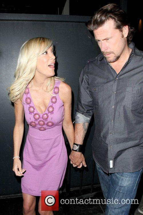 Tori Spelling and Her Husband Dean Mcdermott 8