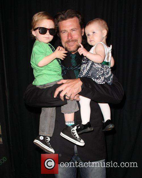 Dean Mcdermott, Children Liam Aaron and Stella Doree 5
