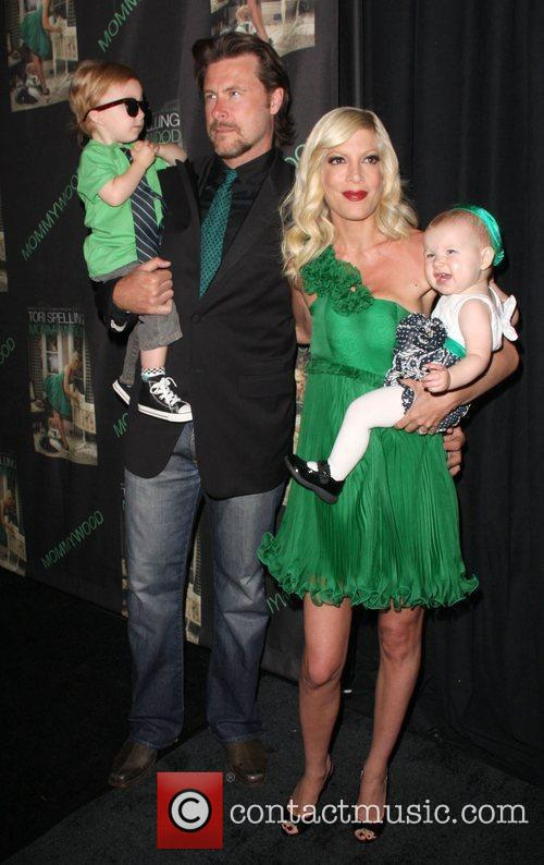 Tori Spelling, Husband Dean Mcdermott, Children Liam Aaron and Stella Doree 4
