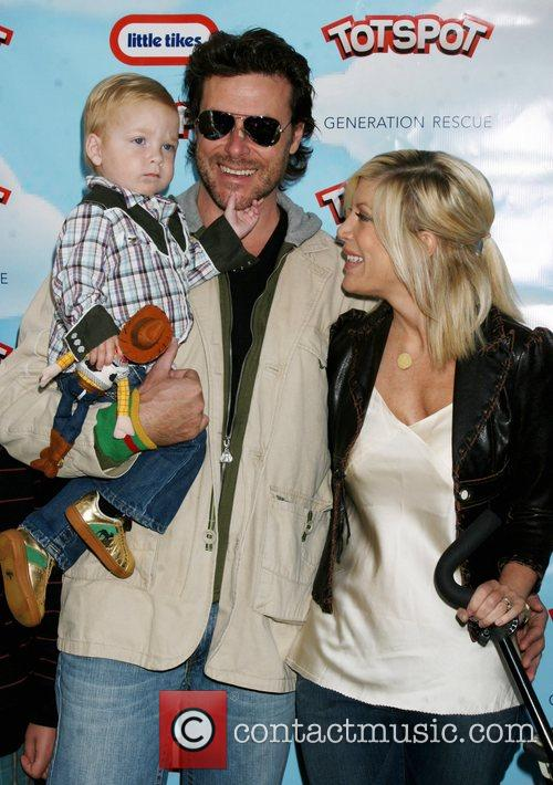 Liam Aaron and Tori Spelling 2