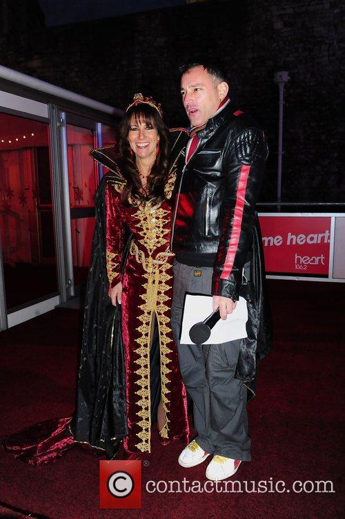 Linda Lusardi and Toby Anstis 4