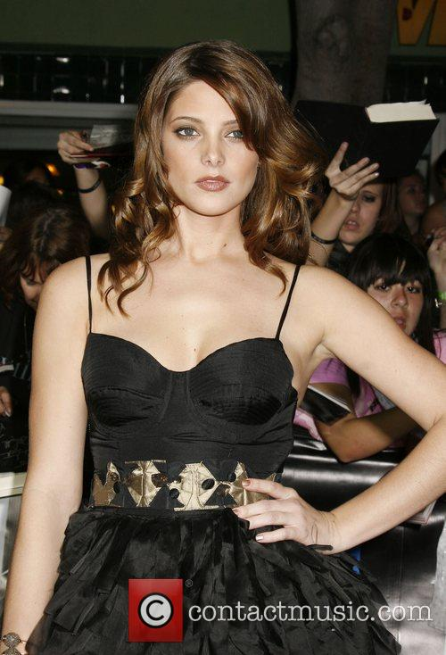 Ashley Greene 5