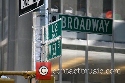 Atmosphere, Cbs, David Letterman and U2 2
