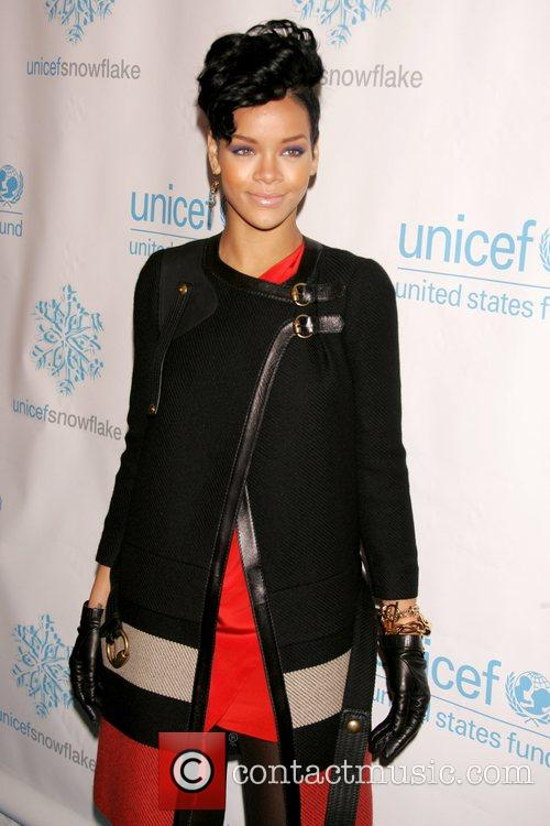 Rihanna 2008 UNICEF Snowflake Lighting at Grand Army...
