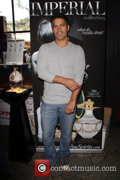Esai Morales The 2009 Valentine/Oscar Celebrity Romance Suite...