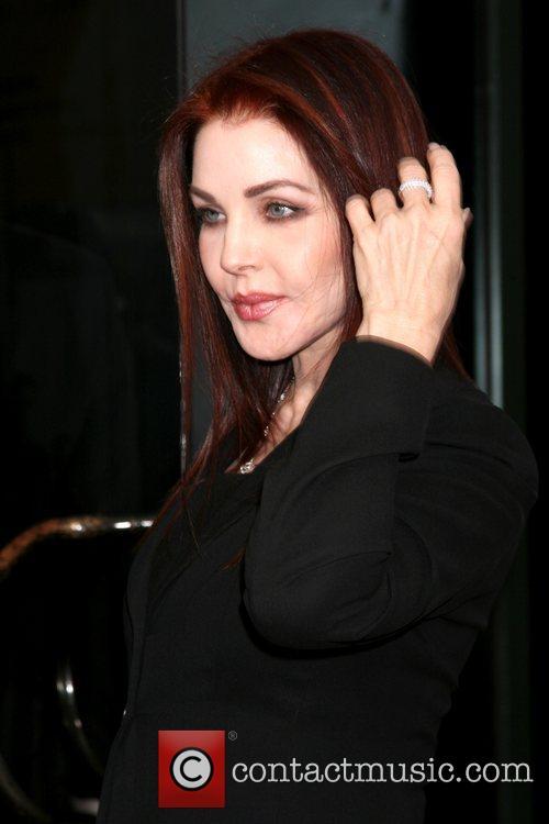 Priscilla Presley 2