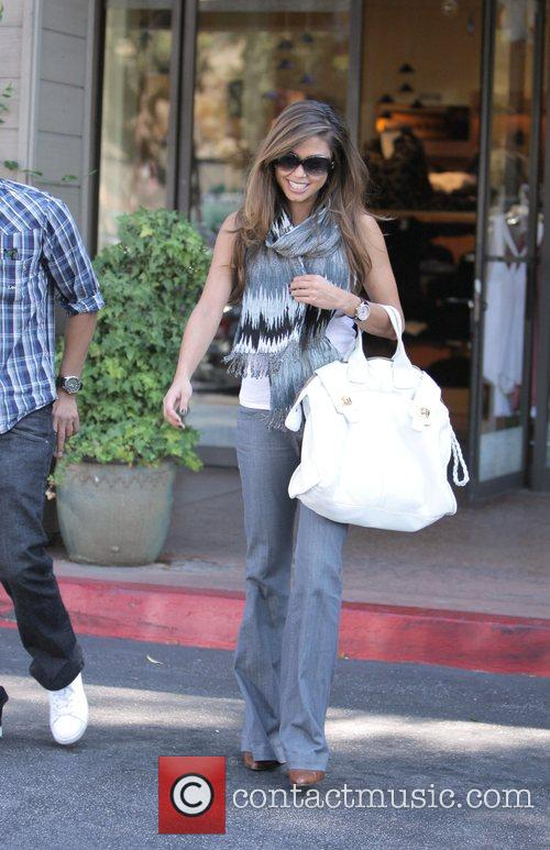 Vanessa Minnillo goes shopping at Yellow Dog boutiquie...