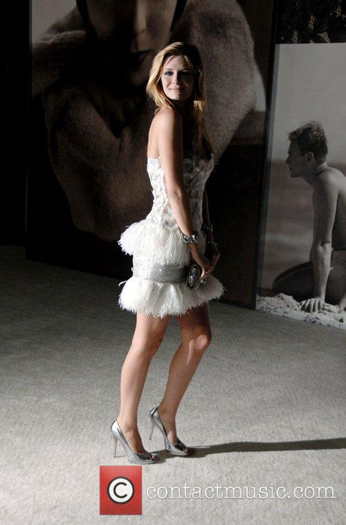 Mischa Barton and Vanity Fair 8