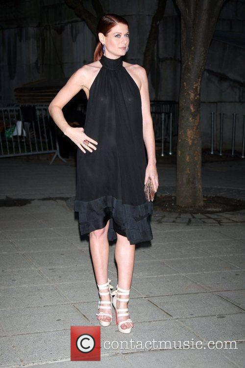 Attends the Vanity Fair party for the 2009...