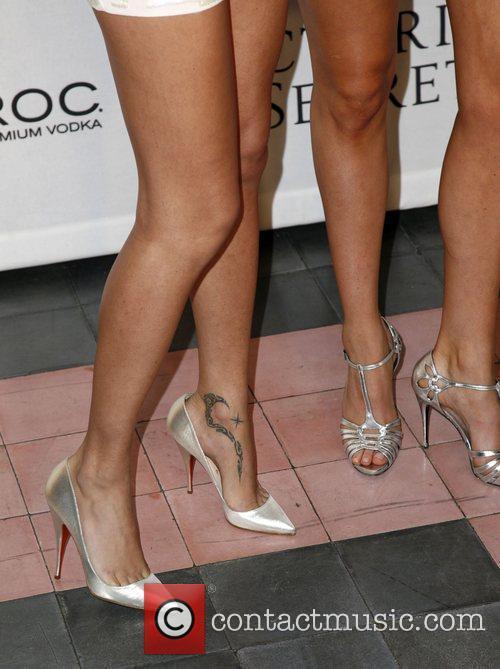 Adriana Lima and Doutzen Kroes  Victoria's Secrets...