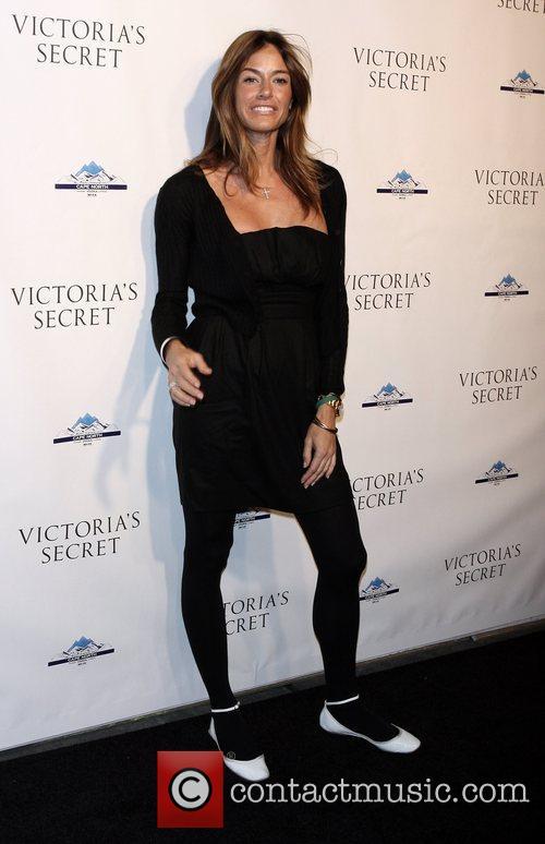 Kelly Bensimon, Victorias Secret