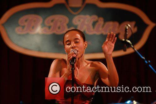 Performs at B.B. King Blues Club