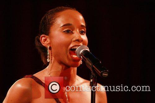 Vivian Green 15