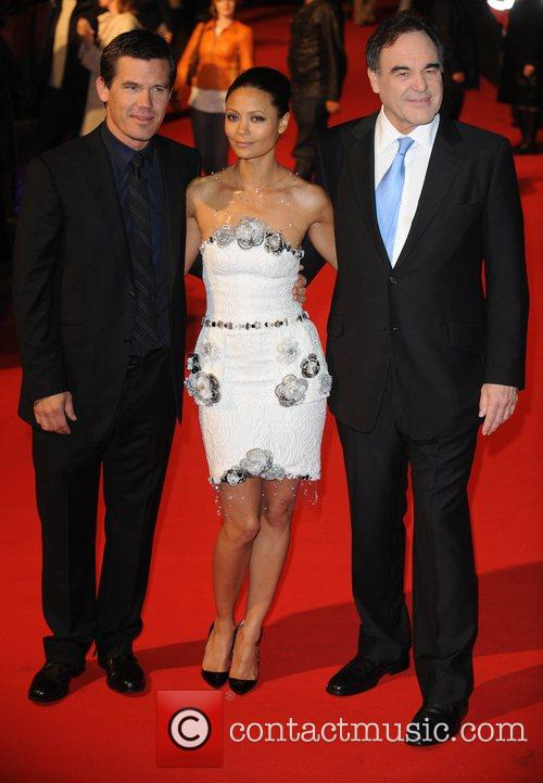 Josh Brolin, Oliver Stone and Thandie Newton 2