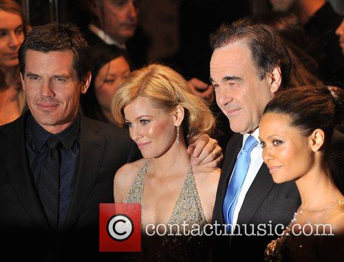 Josh Brolin and Oliver Stone 5