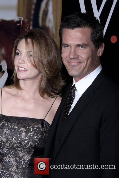 Diane Lane and Josh Brolin 4